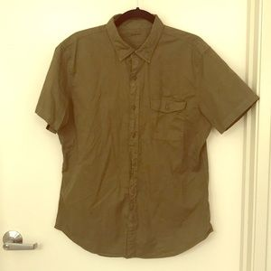 Olive short sleeved collared button down Bonobos